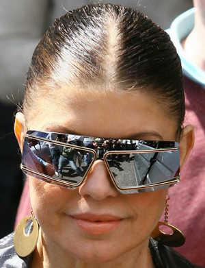 fergie-jeremy-scott-and-linda-farrow-sunglasses
