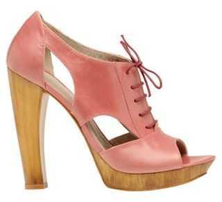 Tendencia zapatos con tacones de madera web de la moda - Tocones de madera ...