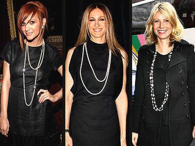 Que color de accesorios usar con vestido negro