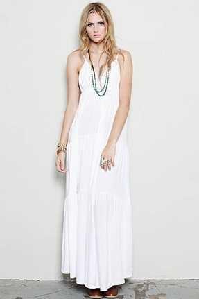 Accesorios para un vestido blanco largo