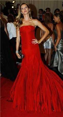 Vestido rojo fiesta accesorios