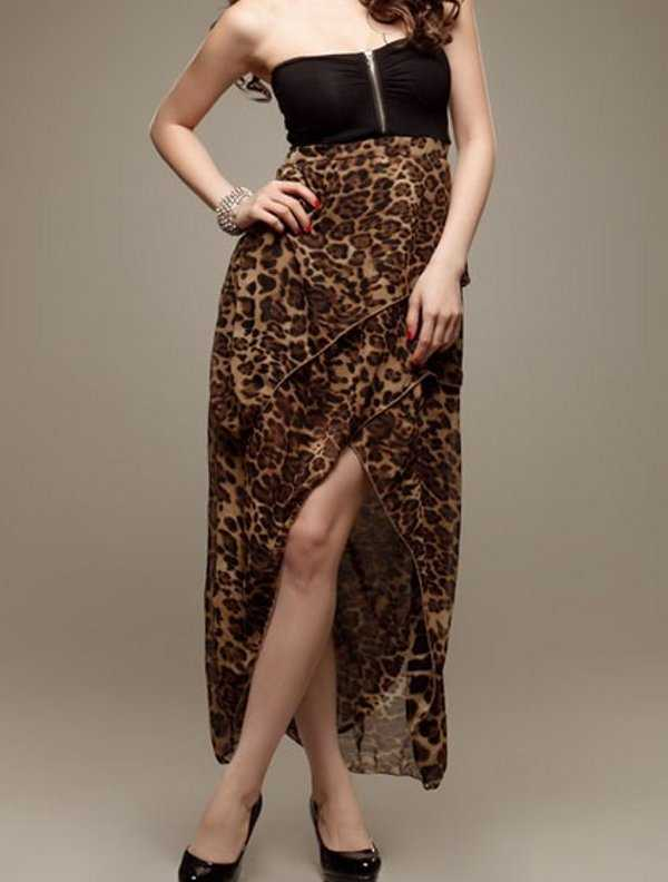 Vestido strapless de animal print
