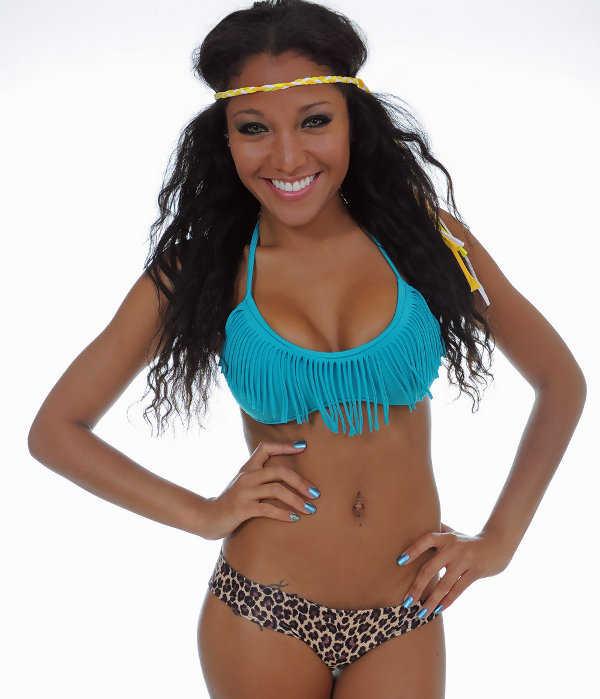 ¡Me encanta este bikini con flecos!